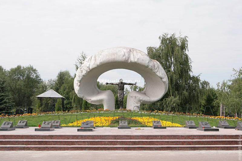 Изготовление памятника митинское кладбище гранитные памятники каталог чебоксары