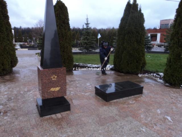 Заказать памятник в минске я западное кладбище цены на памятники в барнауле шостке